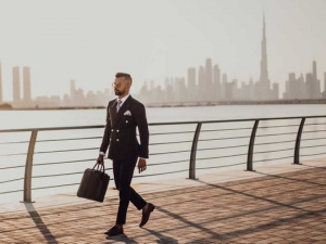 7 Reasons to live & work in the UAE